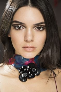 Kendall Jenner Diane von Furstenberg Autumn/Winter 2016 Hair & Make-up #Backstage #model