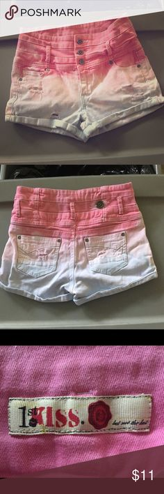 💋 1st KISS Multi Colored Shorts 💋💋 Super Cute multi colored Jean shorts by 1st KISS! Stylish buttons, accents, and  fabulous colors, starting with Pink, then White, and down to light Blue. Size 6, gently used, great condition. 98% cotton and 2% spandex 1st Kiss Shorts Jean Shorts