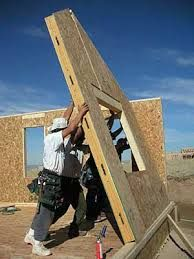 Structural insulated panels (SIPs), also known as foam core, stress-skin or sandwich panels, are a highly energy efficient alternative to stud-frame construction. Doesn't this have more mold issues then ICF forms? Prefab Homes, Modular Homes, Trailer Casa, Sips Panels, Structural Insulated Panels, Building Materials, Modern House Design, Building A House, Building Homes