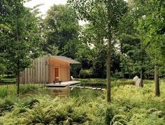 pavillion by richard gluckman/garden by edwina von gal.....Nikolas Koenig Photographer