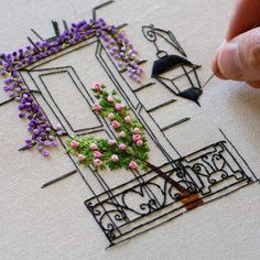 Hand Embroidery Videos, Embroidery Stitches Tutorial, Hand Embroidery Flowers, Embroidery Flowers Pattern, Hand Embroidery Designs, Ribbon Embroidery, Flower Patterns, Art Patterns, Embroidered Flowers
