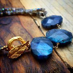 Blue Labradorite Bracelet,Flashy Labradorite bracelet,Iridescent stone Jewelry,Gold leaf closure, Grey Blue bracelet,Stackable bracelet OOAK