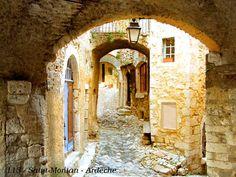 St Montan, medieval city in Ardeche