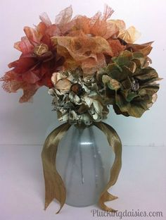 Fall Flowers | Pluckingdaisies.com #Fall #Flowers #RangerInk  #Tutorial