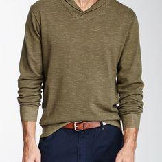 Um pouquinho da parte da frente da blusa por dentro da calça ajuda a marcar a linha da cintura e dá aquele toque de cuidado.  #cabidecriativo #seuestilosuaidentidade