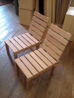 """2 mahonie massieve hardhouten balkonstoelen """"Maasstraat"""""""