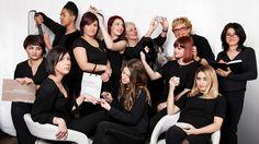 frech-modernes Gruppenbild vom Hairline Friseurteam