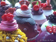 Cupcakes de mentirinha by O Tacho da Pepa, via Flickr