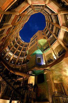Casa Milà atrium. Gaudí.          Damn that Gaudi, this is AMAZING!