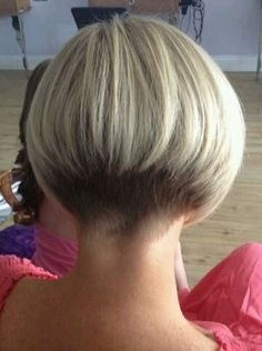 """hair_beauty-hairdare style women """"Very short bob hairstyles most popular this year """"Short graduated bob with very short nape. Short Stacked Haircuts, Short Bob Haircuts, Short Hair Cuts, Short Hair Styles, Short Wedge Hairstyles, Short Wedge Haircut, Bob Styles, Pixie Cuts, Undercut Short Bob"""
