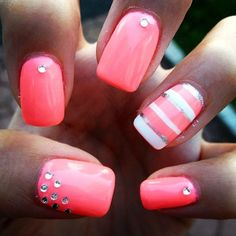 Coral nails.. They aren't done nice. But colour n patterns look great togetherness. Nice idea