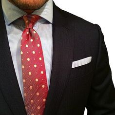 BLOG POST // How and When to Wear a Polka Dot Tie