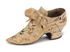 Lady's kid leather shoes with low Louis heels, decorated with color thread embroidery, Great Britain, c.1770-1790. Shoe-Icons