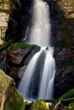 Baskins Falls in GSMNP.  More photos and trail descriptions are available on the website.