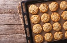 Looking for some easy cookie recipes for kids? Then MomJunction brings a list of best and delicious cookie recipes that your kids would love. Coco Cookies, Yummy Cookies, Cookie Recipes For Kids, Delicious Cookie Recipes, Anzac Biscuits, Cookies Et Biscuits, Almond Breeze, Big Cookie, Breakfast