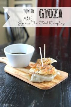 Ever want to learn to make those delicious dumplings you find at your favorite Japanese restaurant? This tutorial will show you how! How to Make Japanese Pan Fried Dumplings - Gyoza | take two tapas
