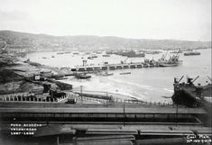 muelle Barón construcción Chile, Paris Skyline, Travel, Boat Dock, Historical Photos, Old Pictures, Toys, Wood, Trips
