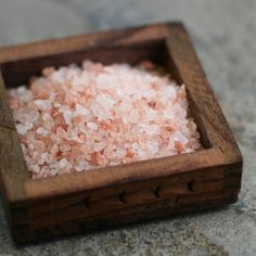 There are so many benefits to pink Himalayan salt. Not only does it contain over 80 trace minerals, it's also helpful for detoxifying.