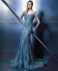 We're paying another visit to the couture universe for inspiration this Fashion Friday! Lebanese designer Ziad Nakad presents us with dazzling and divine pieces from his Elegance Vibes collec… Long Black Evening Dress, Long Sleeve Evening Dresses, Evening Gowns, Evening Party, Prom Dresses, Formal Dresses, Dresses 2016, Glamour, Ball Gowns