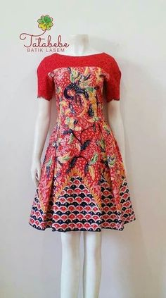 Model Dress Batik, Batik Dress, Traditional Fashion, Traditional Outfits, Mode Batik, Pakistani Fashion Party Wear, Blouse Batik, Batik Fashion, Latest African Fashion Dresses