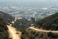 Runyon Canyon Hiking Trail - Hollywood California