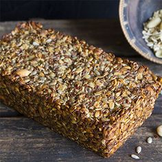 Your Health Coach - Vegan noten-zadenbrood Healthy Breakfast Recipes, Healthy Recipes, Piece Of Bread, Snacks, Weight Watchers Meals, Health Coach, Cakes And More, Bread Baking, Lchf