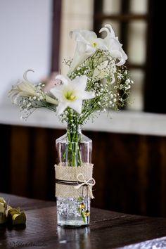 Arranjo de flores para casamento, enfeite de mesa, arranjo de mesa. A arte de fotografar objetos