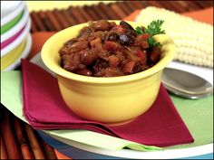 Crock-Pot Fake-Baked Beans  |  Hungry Girl  |  300 Under 300 |  4 WWP+