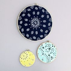 Bandanas aren't just for pirates and cowboys! Check out these bandana DIYs for some fun inspiration. Diy Projects To Try, Crafts To Do, Fall Crafts, Home Crafts, Diy Crafts, Make Your Own Pins, Bandana Crafts, Rainy Day Crafts, Simple Wall Art