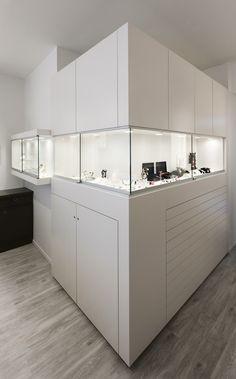 kosmetikstudio einrichtung praxiseinrichtung apothekeneinrichtung artzpraxis. Black Bedroom Furniture Sets. Home Design Ideas
