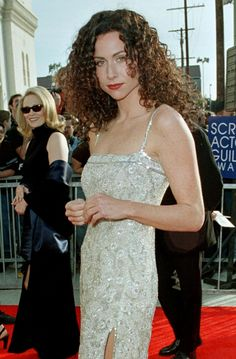 SAG Awards Fashion Over The Years; Amazing Old Red Carpet Photos Of Your Favorite Celebrities Minnie Driver, Army Women, Sag Awards, Elle Fanning, Gal Gadot, Celebs, Celebrities, Red Carpet Fashion, Most Beautiful Women