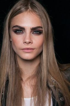 smudged #eyes on Cara Delevingne