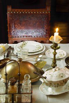 Russian table setting #AnnaKarenina