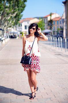 Robe et Sandales Zara Sac Louis Vuitton Lunettes Rayban Wayfarer Bracelet H&M