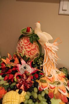 647-271-7971 Vegetable Decoration, Fruits And Veggies, Vegetables, Dream Wedding, Bird, Table Decorations, Painting, Home Decor, Lovers