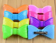 """Super Cool NEON 2"""" hair bows.. Perfect size for toddlers !! #kids #flourescent #bright #newstyle"""