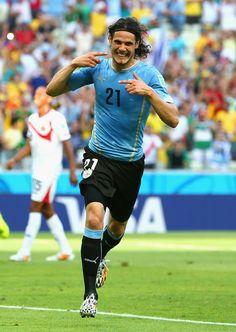 Edinson Cavani scoring for Uruguay NT World Cup 2014 Brazil