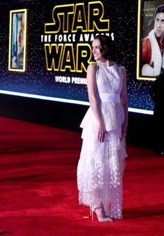 "Actress Daisy Ridley attends the premiere of Walt Disney Pictures and Lucasfilm's ""Star Wars: The Force Awakens"" at the Dolby Theatre on December 14th, 2015 in Hollywood, California."