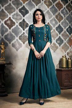 Kurti Neck Designs, Kurta Designs Women, Kurti Designs Party Wear, Cotton Long Dress, Long Gown Dress, Sari Dress, Long Gowns, Indian Gowns Dresses, Indian Fashion Dresses