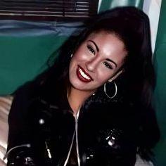 Selena Quintanilla Perez, Selena Pictures, Selena Pics, Selena And Chris, Doja Cat, Cats, I Icon, Buffy, Girl Crushes