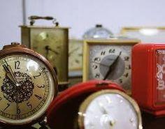 sveglia1 Alarm Clock, Projects To Try, Photos, Home Decor, Projection Alarm Clock, Decoration Home, Room Decor, Alarm Clocks, Cake Smash Pictures