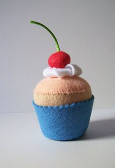 Felt cherry cupcake pincushion play food by Hippywitch on Etsy Felt Cake, Felt Cupcakes, Pretend Food, Play Food, Cherry Cupcakes, Felt Gifts, Food Patterns, Crochet Food, Felt Food
