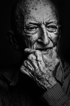 "/ Photo ""Wrinkles should merely indicate where smiles have been"" by Brian… Can you imagine the stories this face could Black And White Portraits, Black And White Photography, Eric Lafforgue, Old Faces, Face Reference, Photo B, We Are The World, Interesting Faces, Face Art"