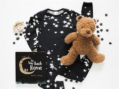 He and Her the Label baby clothing has arrived! Monochrome stars are just some one the amazing prints on offer now at Young Willow. Newborn Outfits, Back Home, Best Brand, New Baby Products, Onesies, Teddy Bear, Monochrome, Prints, Kids