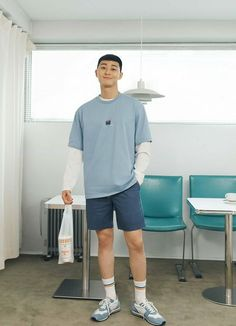 Cute Asian Guys, Cute Korean Boys, Asian Actors, Korean Actors, Asian Men Fashion, Mens Fashion, Park Seo Joon, Bae, Boyfriend Style