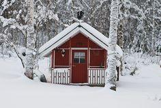 Garden shed. Matthias Obergruber Photography, via Flickr