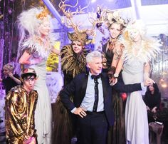 Barneys New York, the specialty luxury retailer, holiday windows and facade of Madison Avenue were unveiled yesterday to display a BAZ DAZZLED wonderland, a collaboration with world-renowned writer/director/producer Baz Luhrmann and designer Catherine Martin.