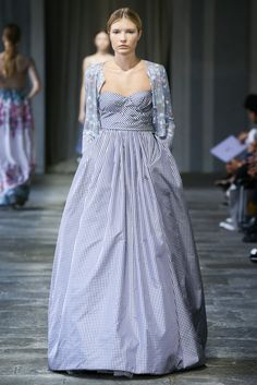 I think this would make a perfect Country Wedd Gown! <3 <3 <3 Luisa Beccaria Spring 2015 Ready-to-Wear - Collection - Gallery - Style.com