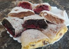 Házi rétes Crepes And Waffles, Pancakes, Hungarian Recipes, Hungarian Food, Strudel, Fudge, Food And Drink, Dessert Recipes, Pie