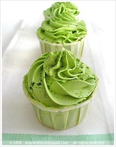 Matcha cupcake with green tea cream cheese frosting.